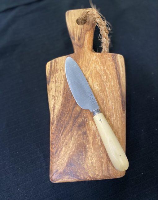 sobrasadakniv på ekbräda